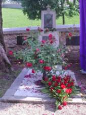 Grob Vrazove Ljubice pri cerkvi sv. Anastazije v Samoborju. Foto: a.k.m.