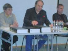 Strokovnjakinja za antikvarno gradivo Stanka Golob, prevajalec Primož Debenjak in direktor Zavoda Dežela Kranjska Matjaž Gruden. (od leve proti desni.Foto: a.k.m.)