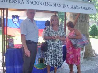 Predsednik Slovenskega doma in SSNM MZ Darko Šonc in Elizabeta Knorr. Foto: a.k.m.