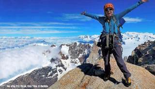 Nastja Davidova na vrhu Fitz Roya, ZDA. Foto: Tina di Batista.