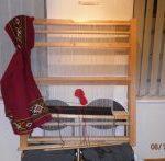 Vertikalni tkalački stan na kojem u Ma-Li izrađuju platno za narodnu nošnju