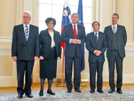 Darko Šonc, Marija Pirjevec Paternu, Danilo Türk, dr. Boris Pleskovič, mag. Rudi Vouk (s lijeva nadesno). Foto: Stanko Gruden/STA.