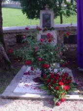 Grob Vrazove Ljubice kod crkve sv. Anastazije u Samoboru. Foto: a.k.m.