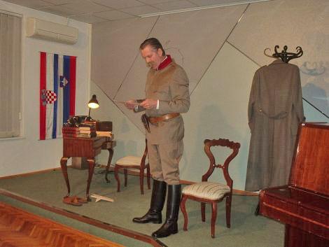 Glumac drame Slovenskog narodnog kazališta Maribor Bojan Maroševič u ulozi generala Rudolfa Maistra