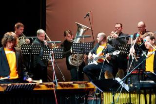 Sudar Percussion i Simply brass kvintet. Foto: Facebook Sudar Percussion
